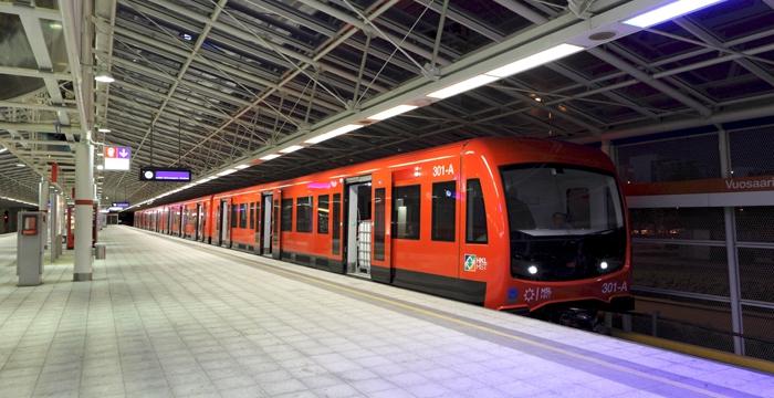 Uudet metrojunat saapuivat