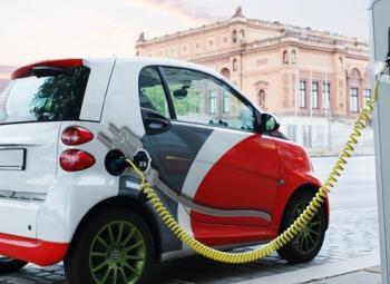Älykkäästi latinkia sähköautoihin