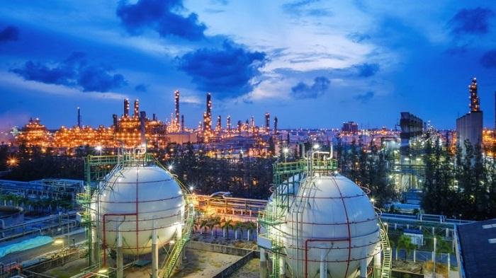 Kehuja ja lisää LNG-tuontia