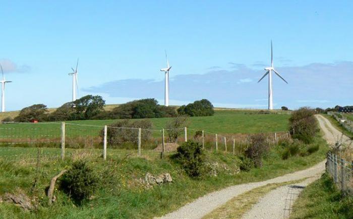 Talous kasvaa päästöjen vähetessä